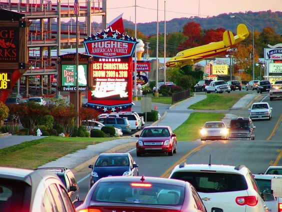-Branson MO Strip, Branson Attractions!: