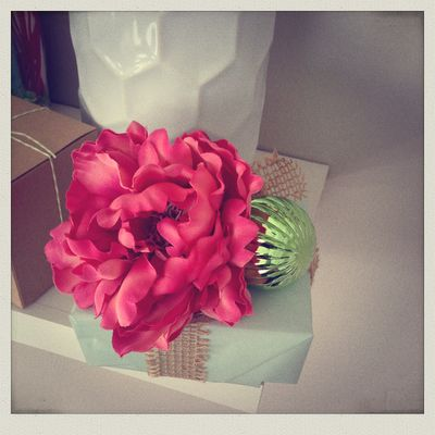 Lavender & Lilies Gift Wrap