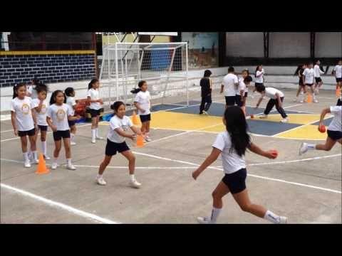 Juegos Para Desarrollar Las Habilidades Y Destrezas En Las Carreras Youtube Actividades Educacion Fisica Educacion Fisica Juegos Clases De Educación Física