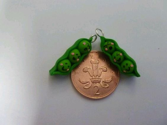 Fimo peas in pod frudnds
