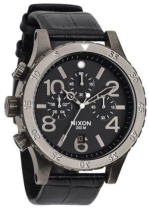Sportlicher Herrenchronograph http://www.uhrcenter.de/uhren/nixon/herrenuhren/nixon-48-20-herren-chronograph-black-a363-1886