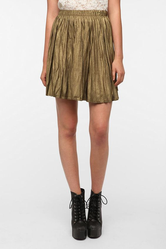 BB Dakota Flora Pleated Metallic Mini Skirt  $69.00