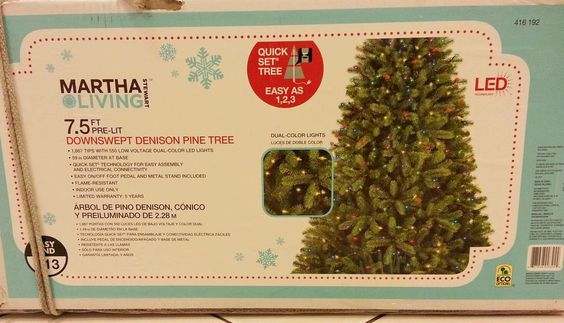 MARTHA STEWART 7.5 ft DOWNSWEPT DENISON CHRISTMAS TREE CLEAR/MULTICOLOR LED MINT #MARTHASTEWART