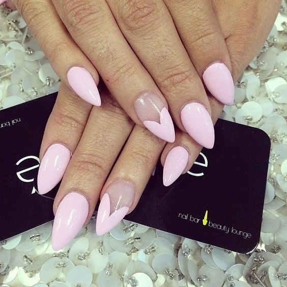 PINK NAIL HEART DESIGN LONG NAILS - SOYVIRGO.COM