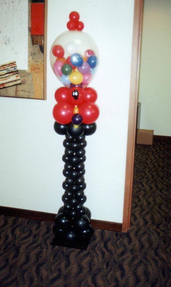 Gumball machine balloon sculpture bb biz pinterest for Balloon decoration machine