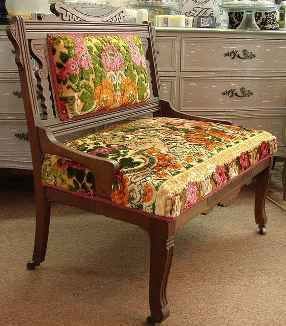 Antique Tapestry Sofa: Antique Vintage Reclaimed Eastlake Victorian Parlor Settee