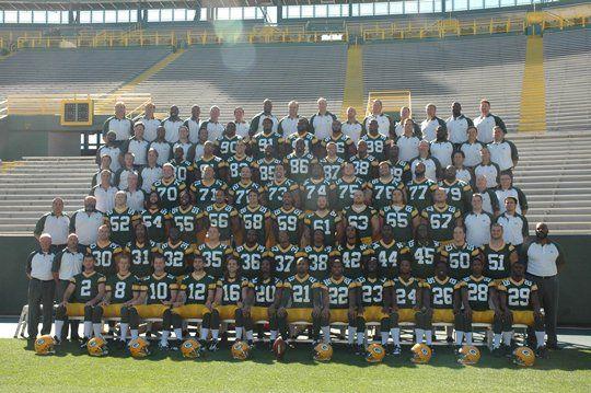 Ladies and Gentlemen: Your 2104 Green Bay Packers Roster - http://allgbp.com/2014/08/31/ladies-and-gentlemen-your-2104-green-bay-packers-roster/ http://allgbp.com/wp-content/uploads/2011/06/Packers-2010-Team-Photo.jpg
