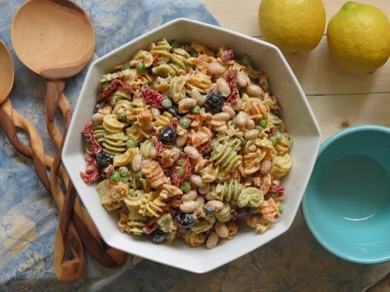Creamy Mediterranean Pasta Salad - who doesn't love the addition of a pasta salad to their dinner!