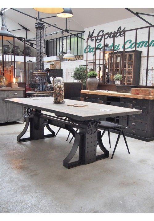 Table Industrielle Reglable En Hauteur Deco Style Industriel Decoration Interieure Industrielle Deco Loft Industriel