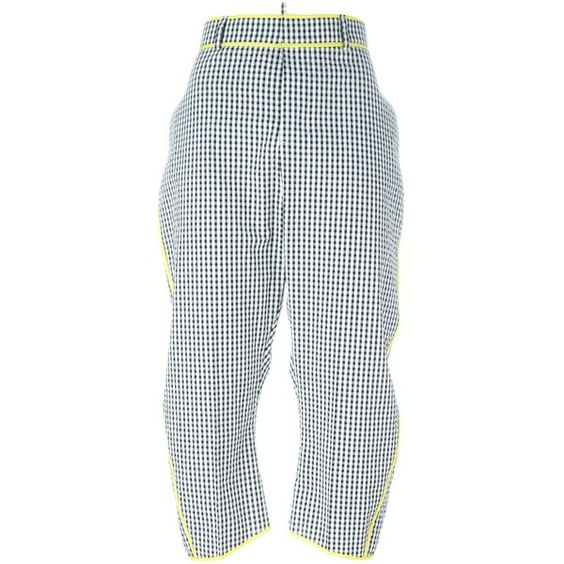 Dsquared2 gingham check cropped trousers (4.852.830 IDR) ❤ liked on Polyvore featuring pants, capris, black, high rise pants, checked trousers, high waisted cropped pants, dsquared2 pants and cropped pants