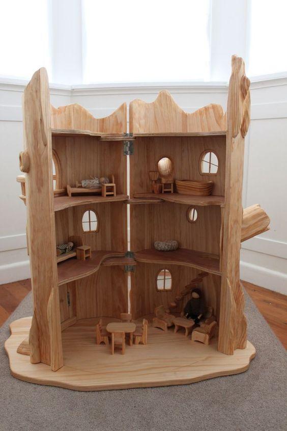 Tree Stump Fairy House - isn't this just gorgeous!