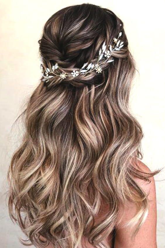 Half Up Half Down Bridal Hair Min Wedding Hair Half Hair Styles Wedding Hairstyles For Long Hair