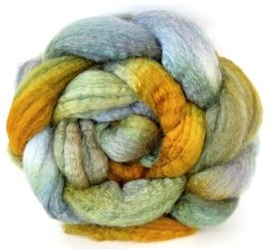 From WiddershinWoolworks -- I really enjoy the layering of colors here, and silver and yellow is something I haven't seen much of. Will have to try something like this, myself! --   Hand Painted BFL/SILK, 75/25 #391a