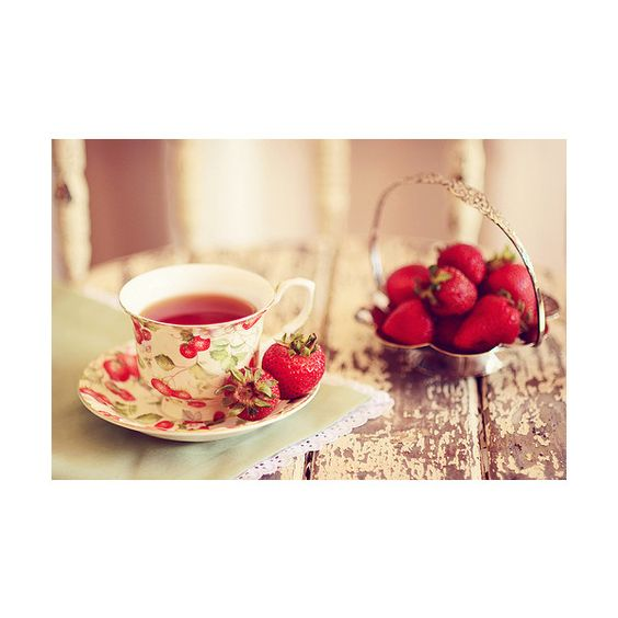 Originally from unauffindbar ↵ Reblogged from chocolatesandphotographs ❤ liked on Polyvore featuring food, backgrounds, pictures, photos and pics