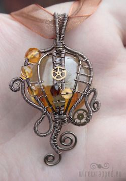 More jewelry. Kinda channeling Cthulhu.
