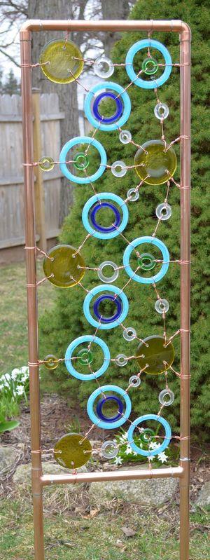 Funky junky garden sculpture trellis welding metal for Funky garden designs