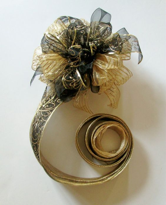 Black Christmas Tree Bows Part   41: Christmas Tree Topper Bow In Gold And  Black