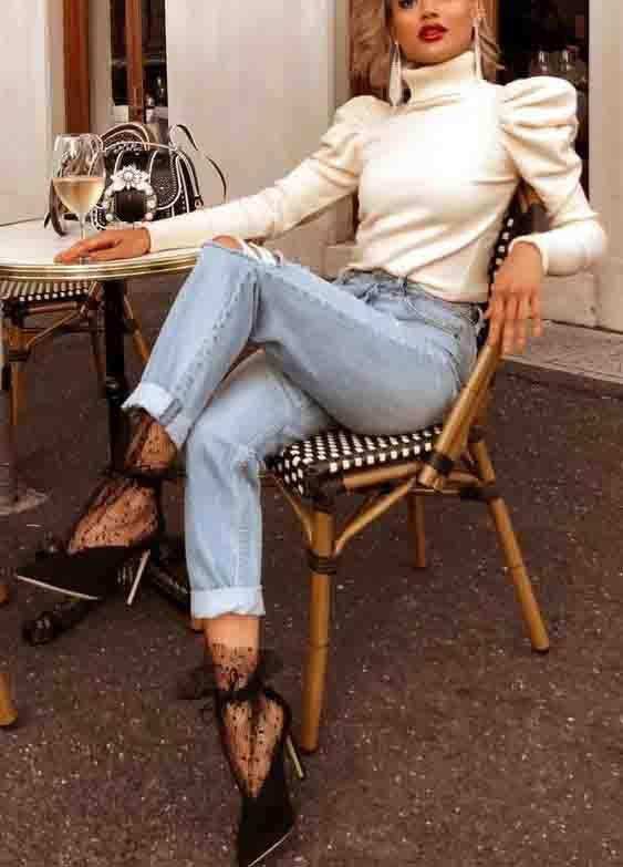 Mais uma tendência que voltou repaginada com características da moda nos anos 80 são as mangas bufantes. A trend chegou mais sofisticada e com versões que vão desde vestidos e blusas. E a principal característica da peça é o volume, que pode ser exagerado e até mesmo mais discreto. Confira o post completo!