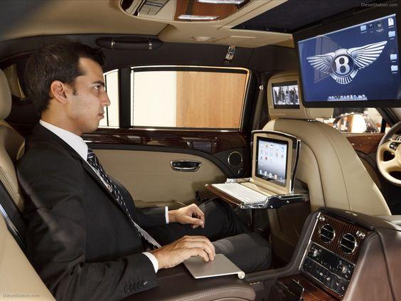 Bentley-Mulsanne-Executive-Interior-Concept-2011-04.jpg (1600×1200)