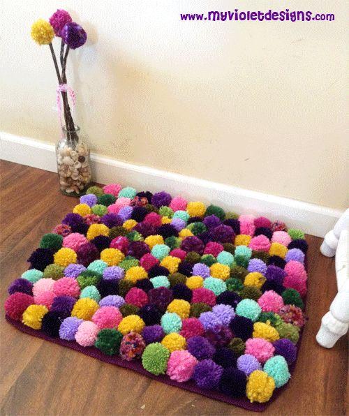 Alfombras de pompones coloridas con flores de pompones - Cojines de bolitas ...
