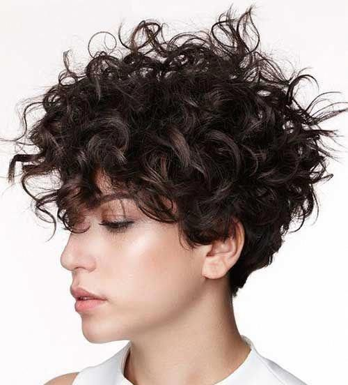 Hairstyles For Short Frizzy Curly Hair Curlyhairwithbangs Curlybangs Curly Hair Styles Naturally Haircuts For Curly Hair Curly Hair Styles