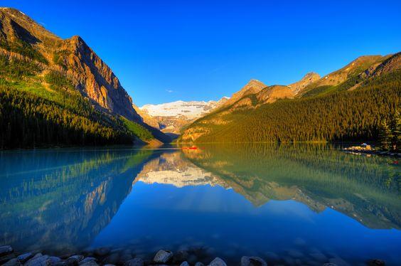 Lake Louise, Canada © Photo168 | Dreamstime