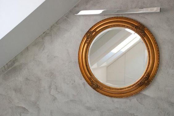 Šedá designová stěrka Microtopping v koupelně, reference BOCA Praha. / Grey design screed Microtopping in the bathroom.  http://www.bocapraha.cz/cs/reference-detail/74/mezonetovy-byt-na-smichove-/