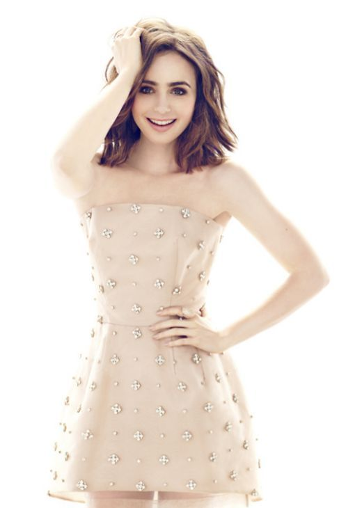 Lily Collins up for fun on 'YO DONA' Magazine
