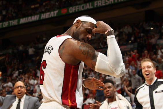 La NBA da a conocer los resultados en venta de camisetas: LeBron James y Miami Heat mandan #baloncesto #basket #basketbol #basquetbol #kiaenzona #equipo #deportes #pasion #competitividad #recuperacion #lucha #esfuerzo #sacrificio #honor #amigos #sentimiento #amor #pelota #cancha #publico #aficion #pasion #vida #estadisticas #basketfem