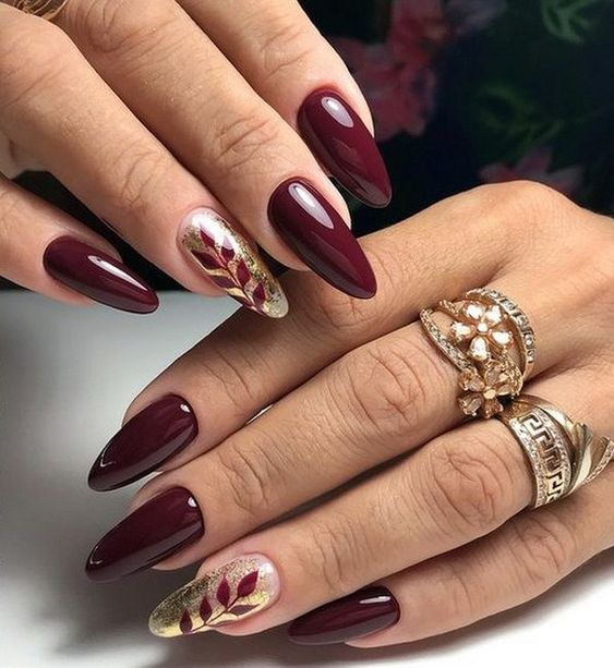 Bordowe Paznokcie Top 23 Niesamowite Inspiracje Na Kazda Okazje Oval Nails Designs Burgundy Nails Burgundy Nail Designs