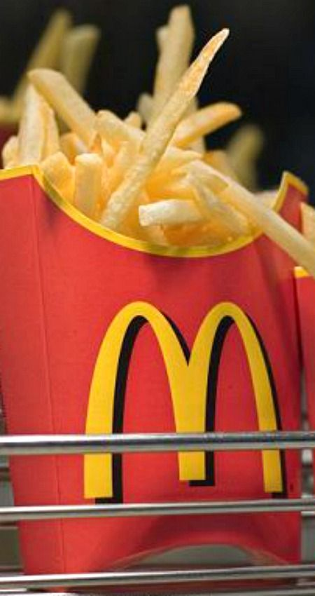 Homemade McD's Fries ~ Top chef reveals his recipe for making McDonalds-style French fries at home... David Myers, the chef and owner of Comme Ca has revealed his secret to making the ultimate at-home McDonalds-style fry, which he serves fresh every day at his restaurant.