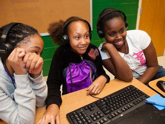 Google helps Hollywood boost girls-who-code image #STEM #CODE