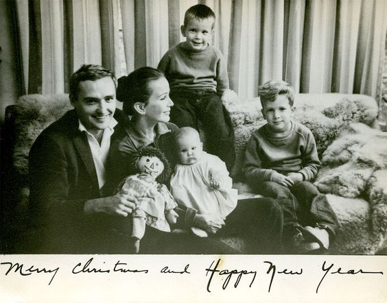 Holiday Issue: Designer Marin Hopper on Christmas Cards & Childhood Memories | Tory Daily
