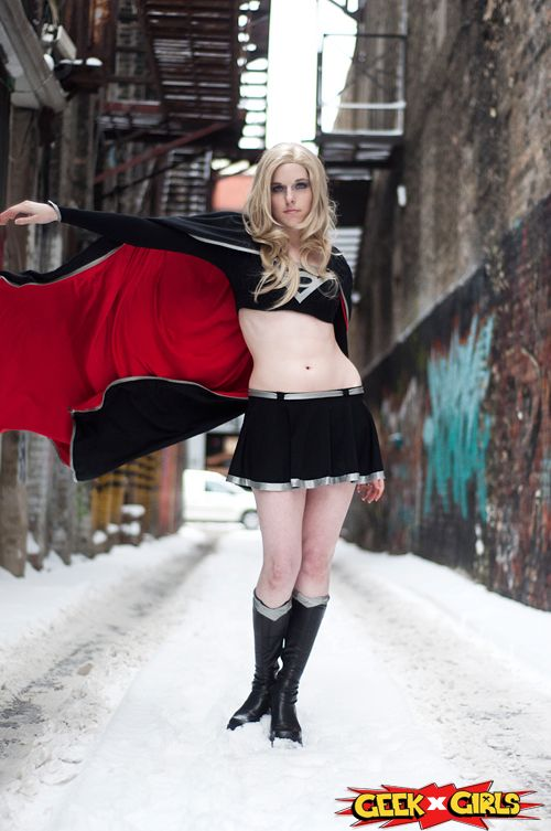 Dark Supergirl Cosplay http://geekxgirls.com/article.php?ID=2016