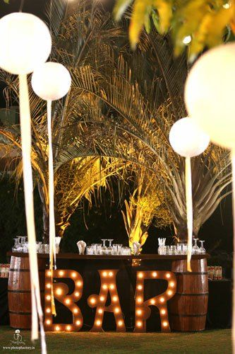 Impressive Wedding Bar Themes and Setup Ideas, 012a029b15cb22905d504123ccb03895