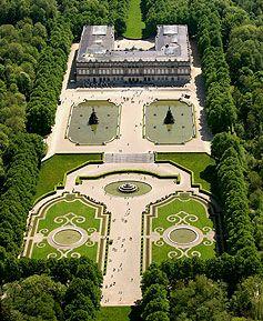 """Schloss Herrenchiemsee - von oben hat man eine bessere Übersicht ;-)    Castle Herrenchiemsee - from here you have a """"clear view"""" ;-)"""