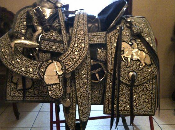 sillas para caballos monturas charreria cuacos