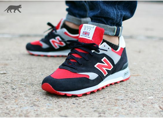 """New Balance M577SMR """"Made in England"""" (Navy / Red)."""
