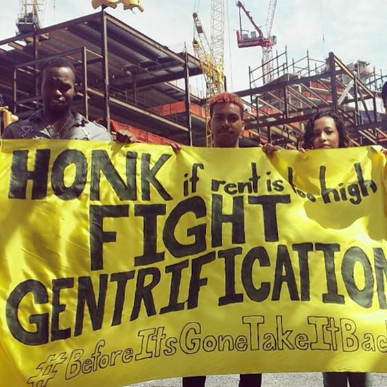 The 'Before it's gone — Take it back' campaign started in #NYC to fight #gentrification and has supporters as far away as India. Organizer inspired by Spike Lee's 'Do the Right Thing.' http://www.nydailynews.com/new-york/brooklyn/activist-selfie-ish-nabes-article-1.1876402 #bethechange