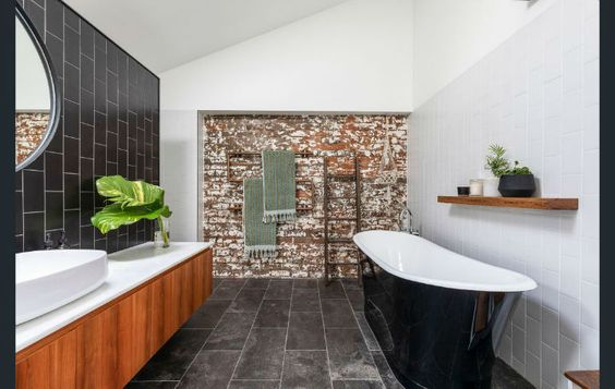 Antiguo Garaje Convertido En Loft De Ensueno Decorar Mi Casa In 2020 Warehouse Conversion Modern Loft Exposed Brick Walls