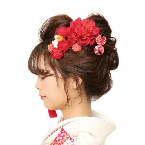 ロングヘアで作る清楚な和風スタイル 成人式の髪型 振袖ヘア