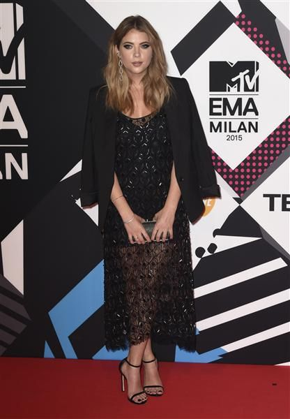 Ashley Benson arrives at the MTV Europe Music Awards at the Mediolanum Forum in Milan on Oct. 25, 2015.