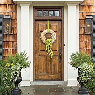 Corn Husk and Ribbon - Fabulous Fall Decorating Ideas Front doors