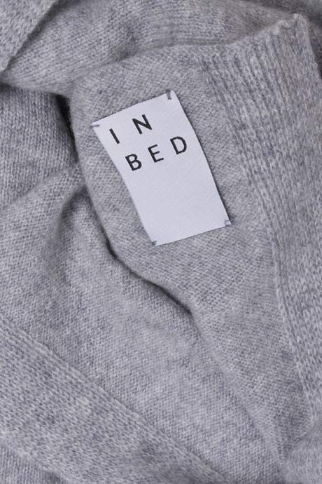 IN BED | Cashmere Throw | My Chameleon