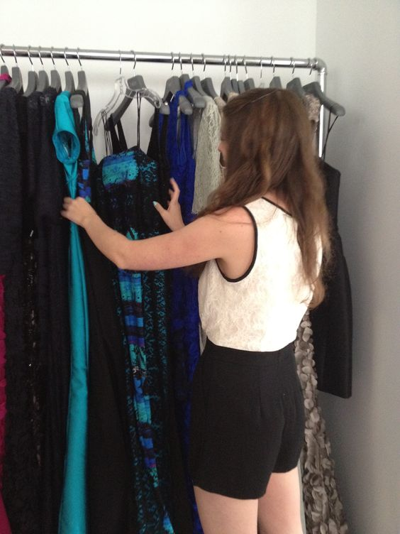 #THEIA #Resort2014 - Checking the dresses