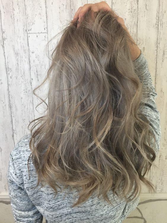 Medium Length Ash Hair Style                                                                                                                                                     More:
