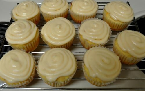 Grapefruit yogurt cupcakes with grapefruit vanilla cream cheese frosting