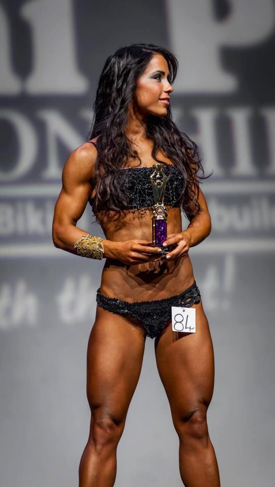 Andreia brazier earned her wbff fitness diva pro card - Diva my body your body ...
