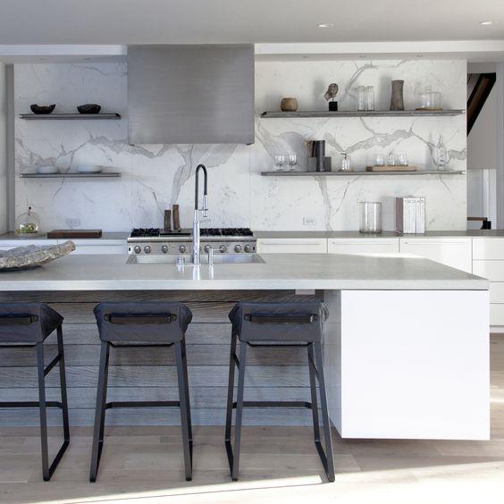 #modernkitchen #marsilver #westport #interiordesign #interiorinspiration #kitcheninspiration #formandfunction #walnutcabinetry #marblecountertops #hardwoodfloors #grayscale #sophisticated #cleandesign