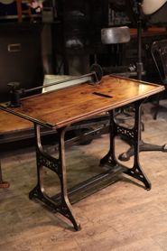 Etabli industriel d 39 atelier ancien bureau pinterest - Etabli industriel ancien ...